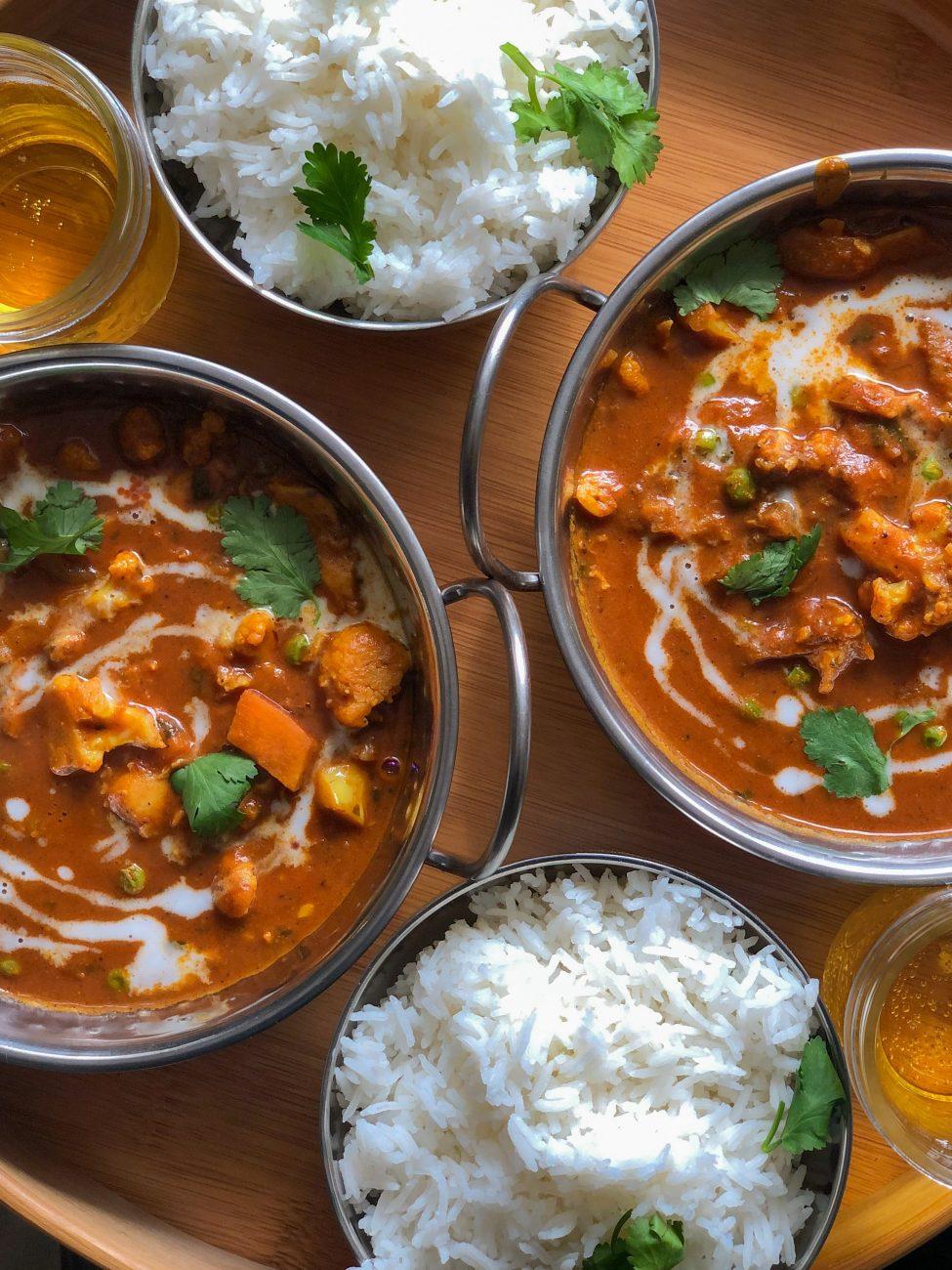 Curry, năut și legume. Totul într-un sos cremos de cocos.